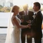 Bayangkan, Anda Sedang Khidmat Membaca Ikrar Pernikahan, Tiba-Tiba Ada Yang Main Kejar-kejaran