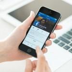 """Facebook akan luncurkan """"Watch""""; Penantang Youtube & Snapchat"""