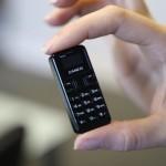 Ponsel Terkecil di Dunia Akan Segera Dipasarkan